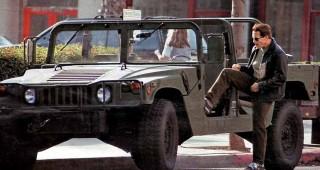 В 1992 году, когда компания AM General решила открыть продажи своих армейских джипов Hummer гражданским лицам.