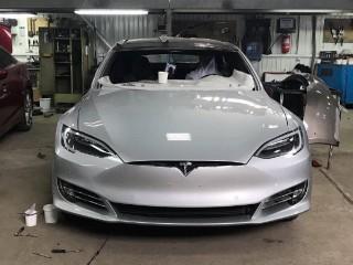 Восстановительный ремонт Tesla в ADS